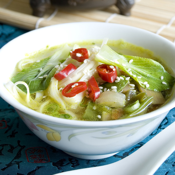 Chinese cabbage soup with chilies