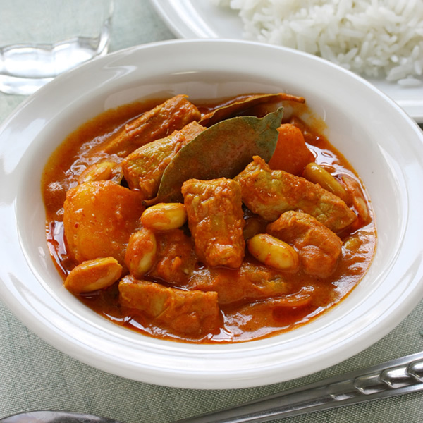 Massaman curry in spicy sauce