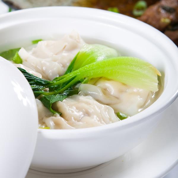 Cantonese wonton soup