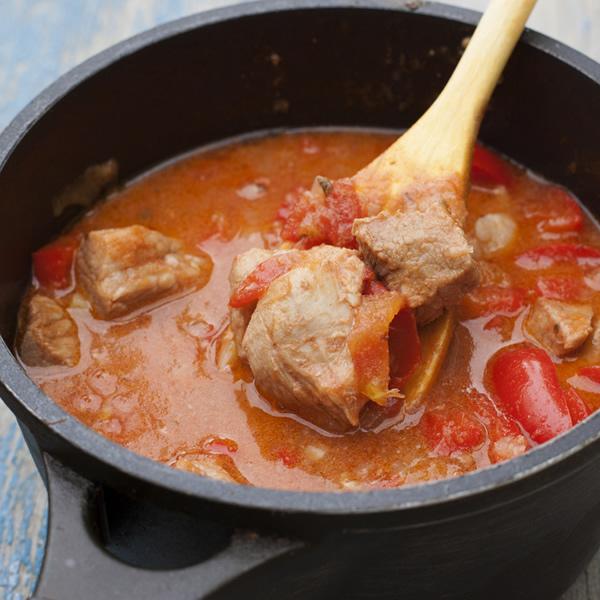 Boar in tomato sauce